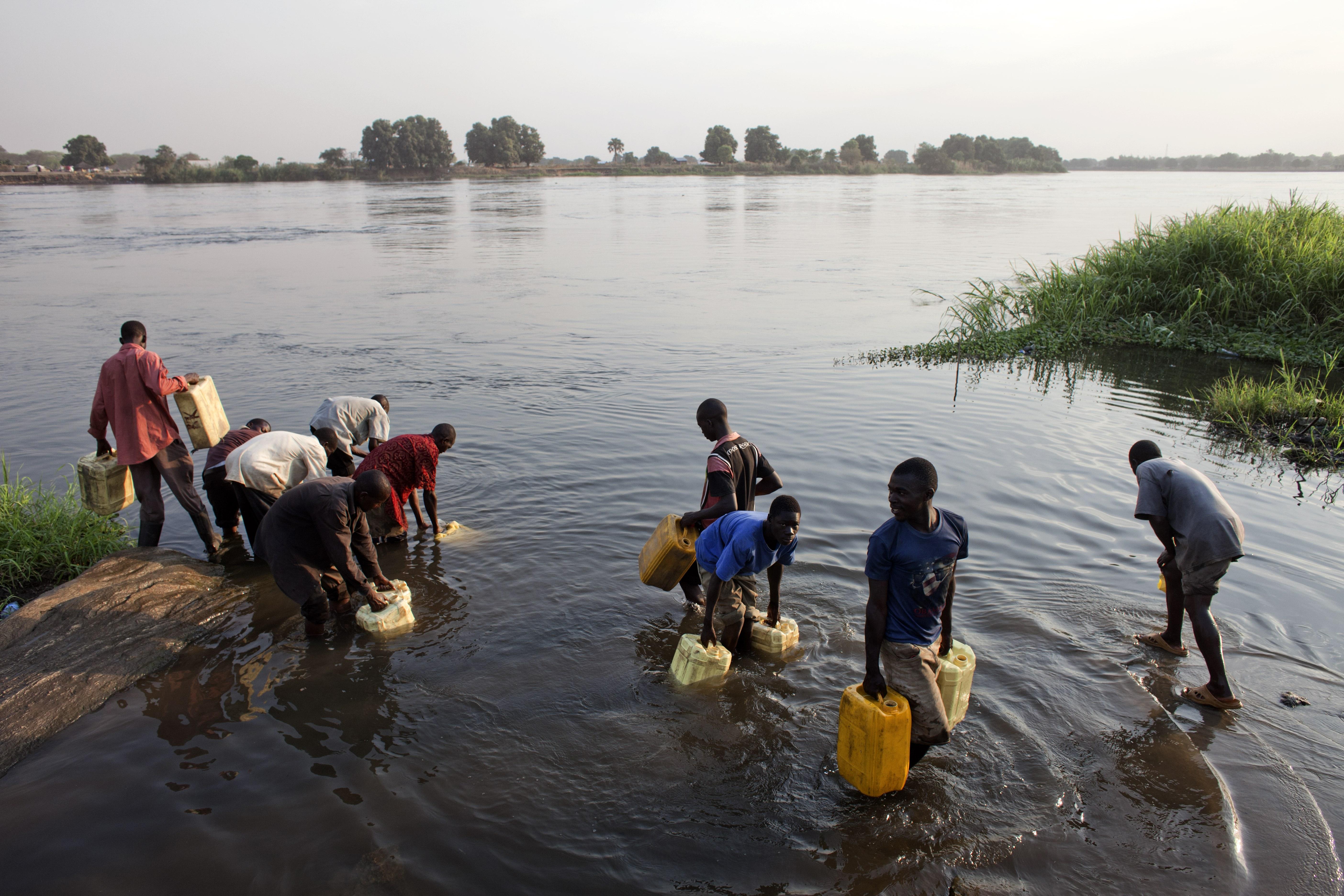 Amref operating in southern sudan and kenya marco di lauro juba southern sudan february 8 2011 sciox Images